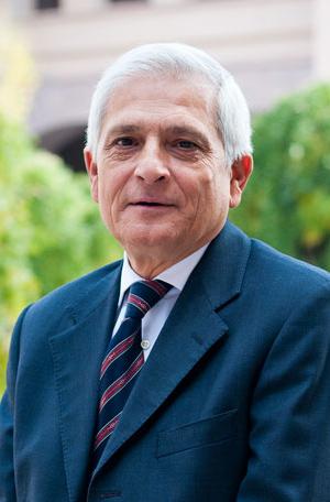Cumhur Özakman